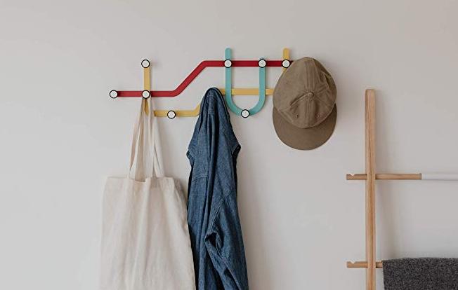 10 idee per decorare le pareti di casa - appendiabiti